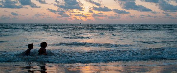 Beach & Surroundings